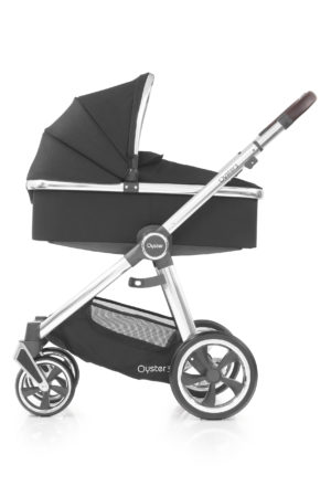 Oyster3_Carrycot_onChassis_Mirror_Caviar