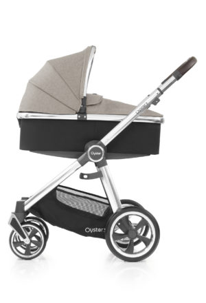 Oyster3_Carrycot_onChassis_Mirror_Pebble